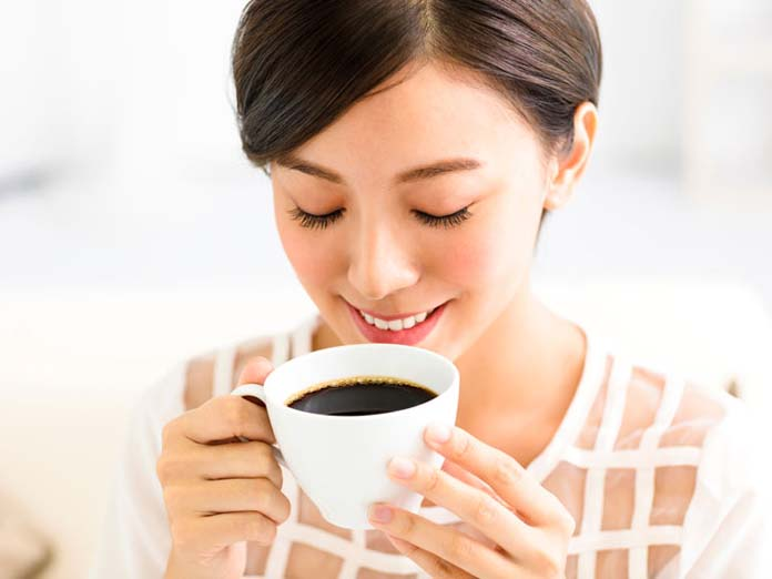 dental-and-oral-health-what-does-coffee-do-to-your-teeth_thumb